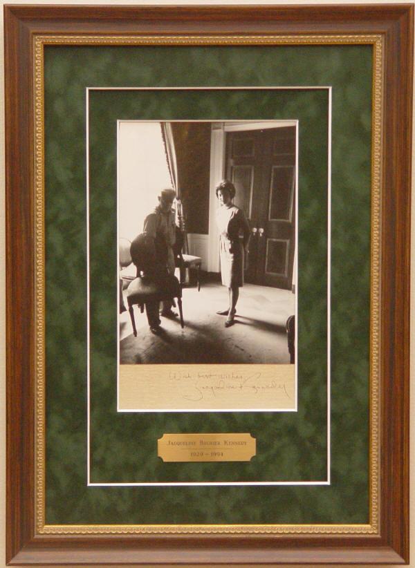Autograph - 04-054 - Jacqueline Kennedy signed photograph